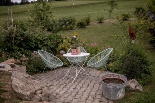 Gartenstuehle2